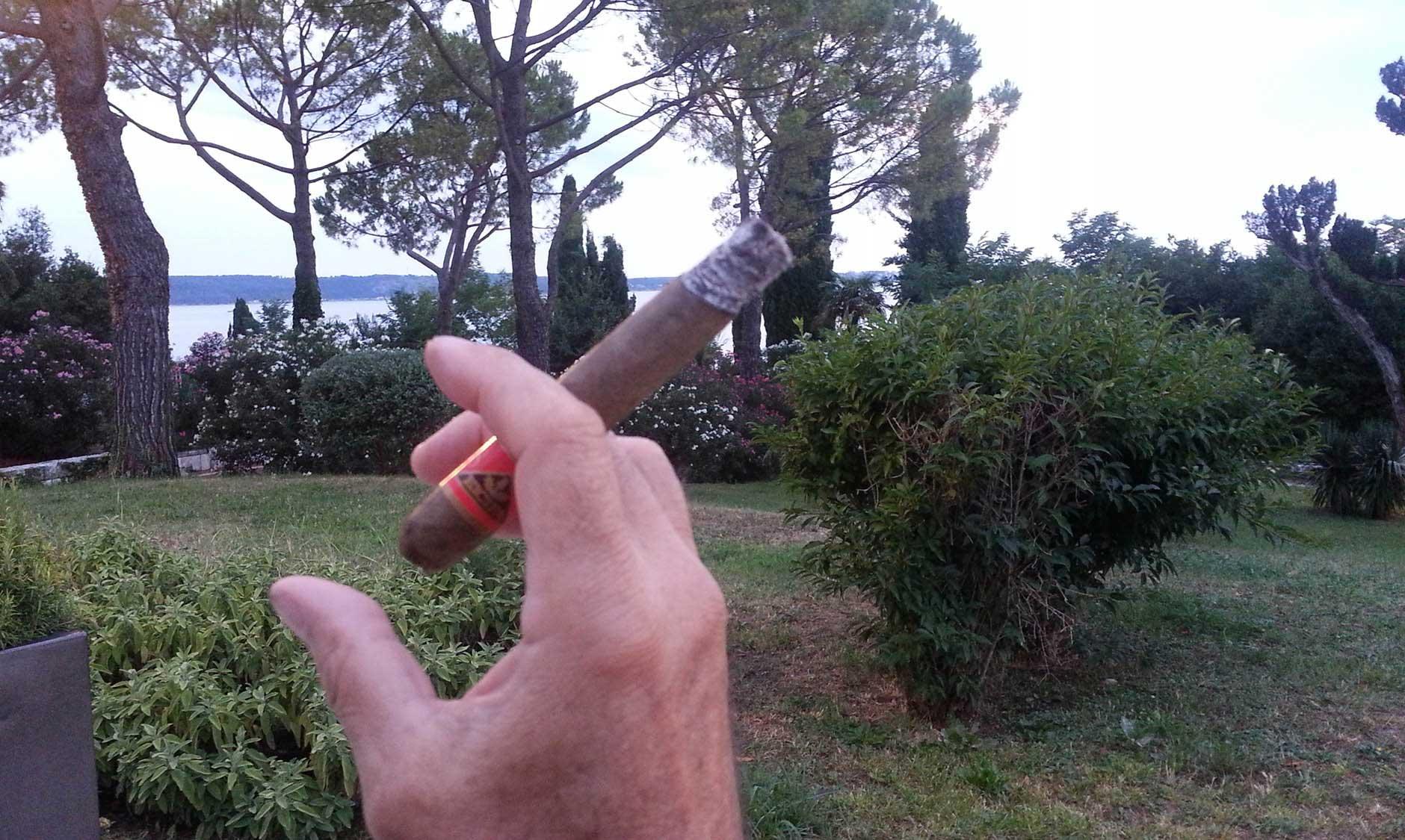 Eicifa-Cigarre in Portoroz in Slowenien unterwegs....M. Heim, Basel